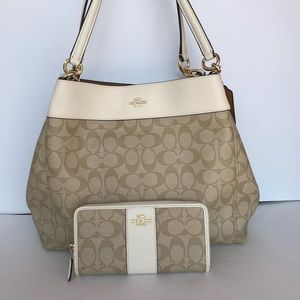COACH LEXY SHOULDER BAG and wallet IN  CANVAS